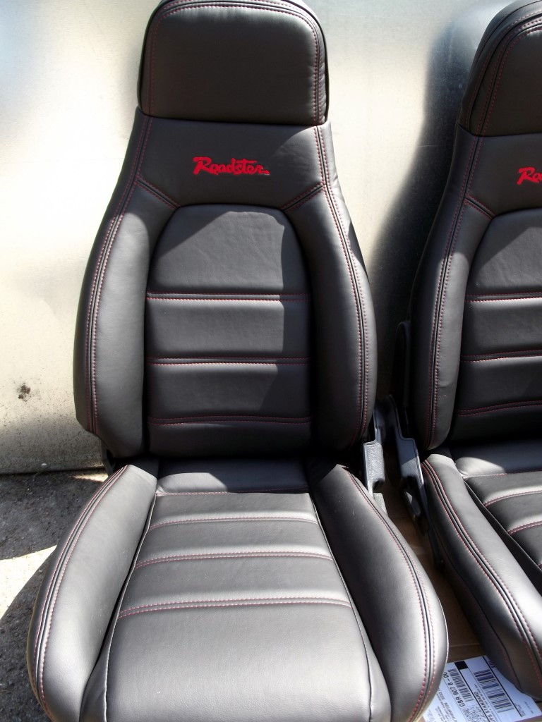 seats mazda mx 5 pair in new black leather red stitching roadster logo high back mk1. Black Bedroom Furniture Sets. Home Design Ideas