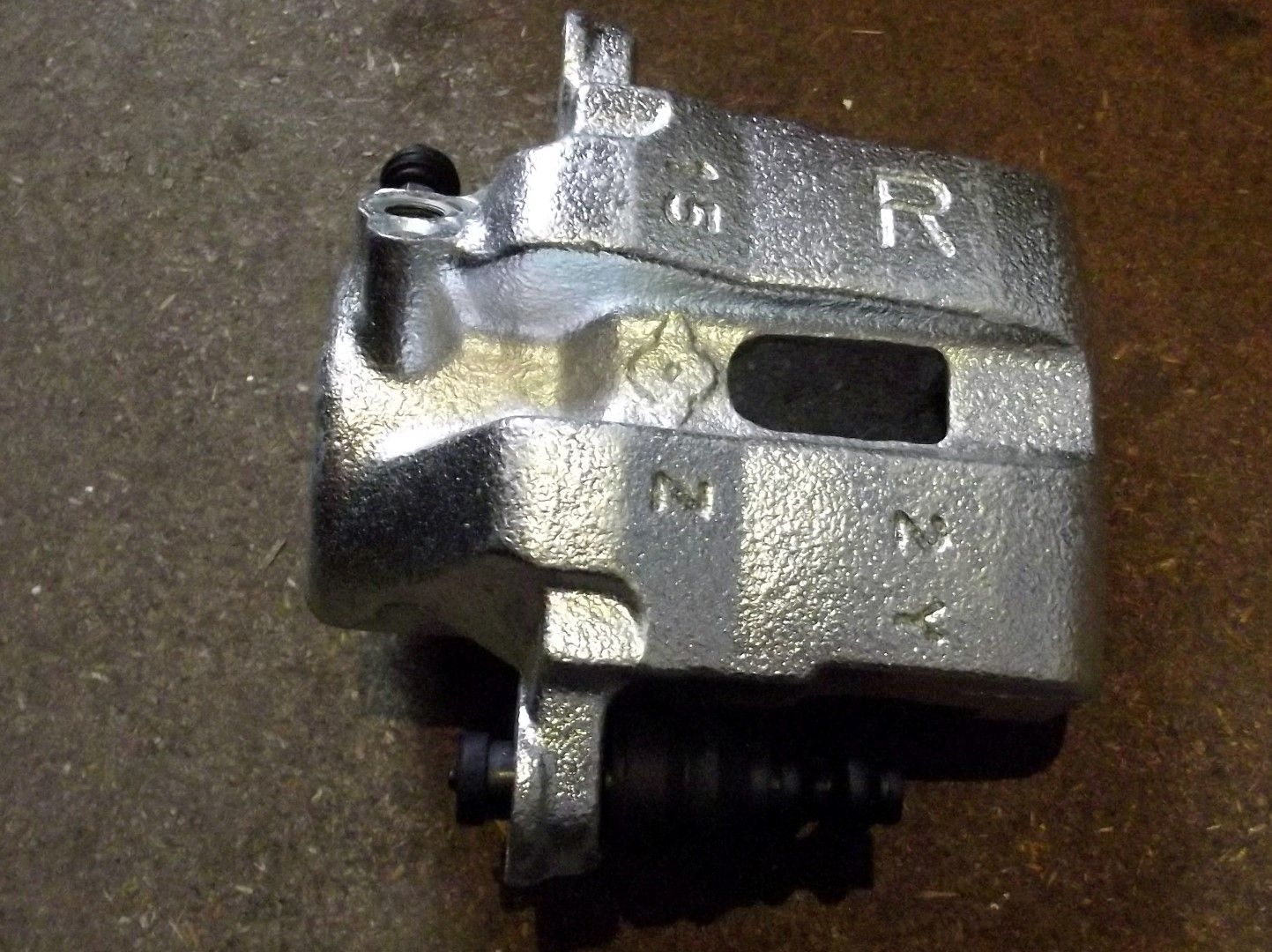 Brake caliper, front r/h, genuine Mazda MX-5 mk1 1.8 & Mk2, right hand, remanufactured
