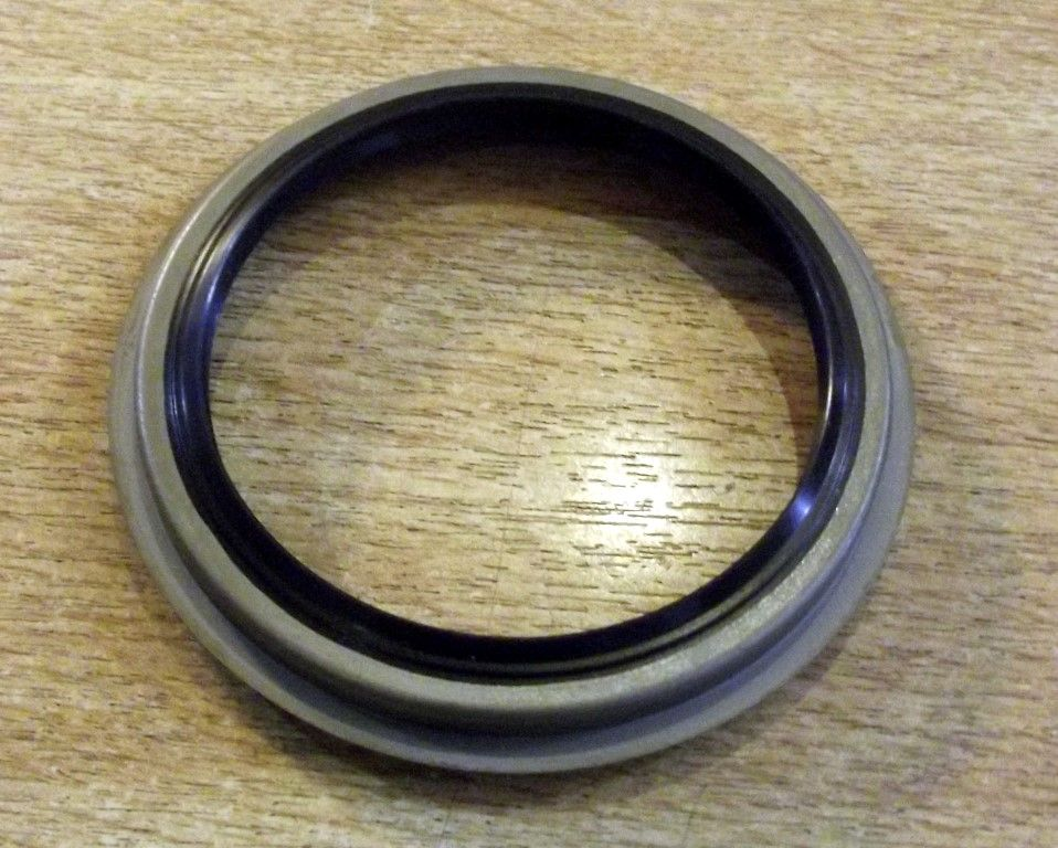 Oil seal, rear hub / wheel bearing to driveshaft, genuine Mazda MX-5 mk1, mk2, G30433065